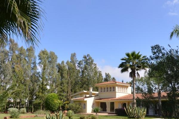 Location villa casablanca maroc maroc avec piscine villa for Villa a louer a casablanca avec piscine