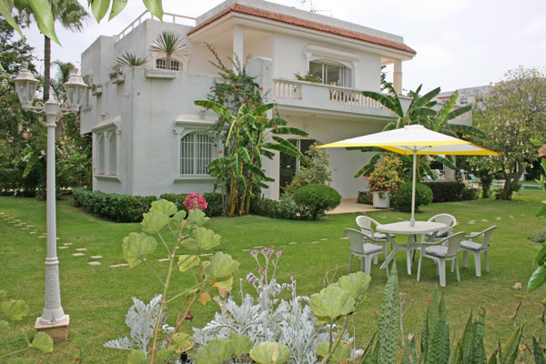 vente villa mohammedia maroc avec piscine villa vendre. Black Bedroom Furniture Sets. Home Design Ideas