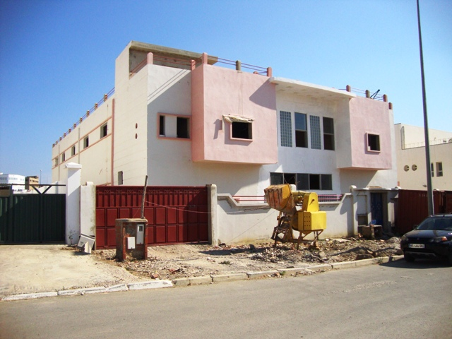 usine vendre tanger maroc vente usine tanger pas cher. Black Bedroom Furniture Sets. Home Design Ideas