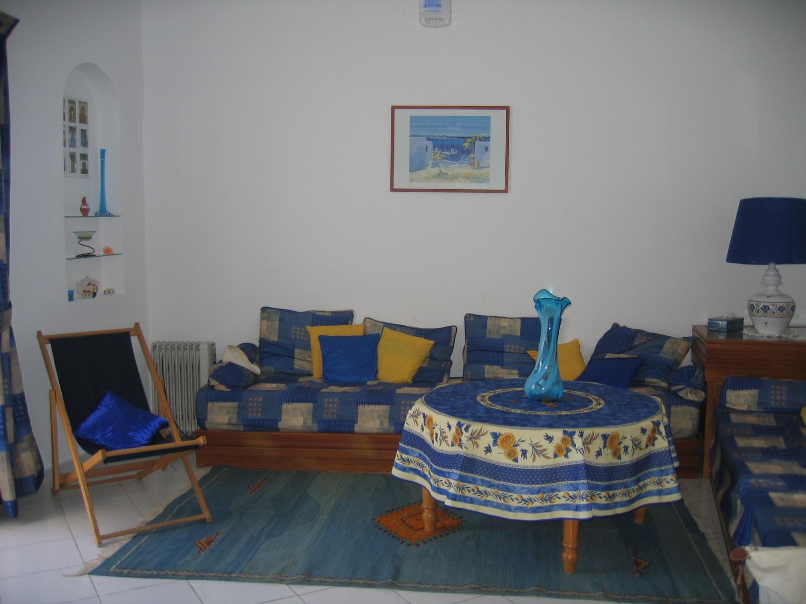 salon marocain moderne tanger. Black Bedroom Furniture Sets. Home Design Ideas