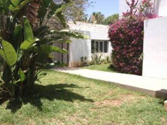 Villa louer agadir maroc avec personnel location villa for Villa a louer agadir avec piscine